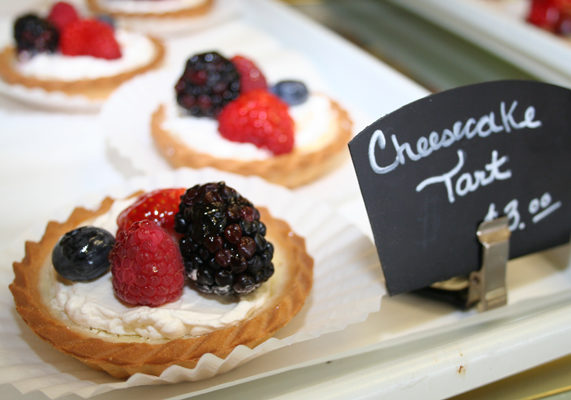 One trend at panaderías in the Northeast is to start with ready-to-use pie crusts and use sweet fillings like lime or a fresh fruit mixture (strawberries, grapes, blueberries and kiwifruit slices). Canela Bakery in Gaithersburg, MD, adds cheesecake filling to tart shells and tops the dessert with fresh berries.