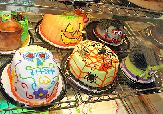 Create a dramatic display of Monster Head cakes, and don't forget Frankenstein. Even Hispanic bakeries can join in the action with Hispanic-theme scary faces – perfect for Halloween and Day of the Dead (Nov. 1-2) celebrations.