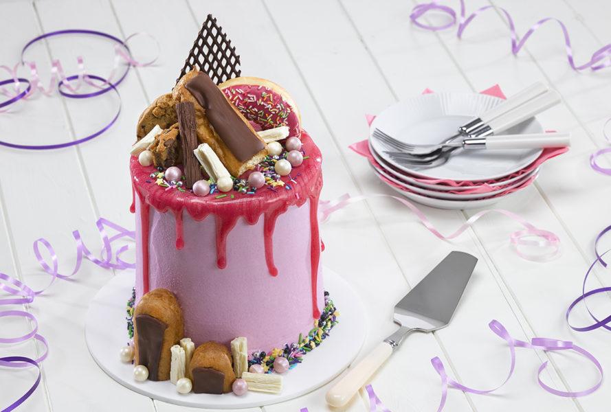 Dawn strawberrydripcake.jpg?alt=dawn strawberrydripcake