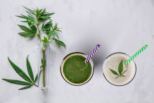 Glasses with fresh beverage, milk and smoothies, with hemp