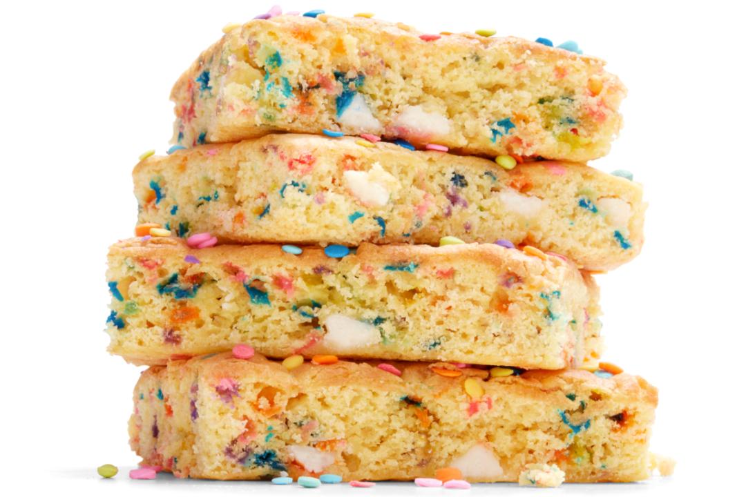 Almondmilk Birthday Blondie bar from Whole Foods Market