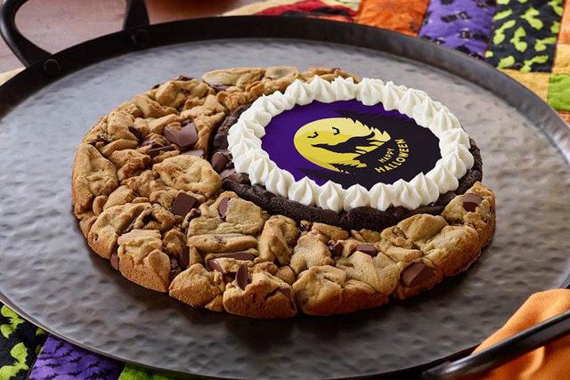 Insomniacookies_mooncake