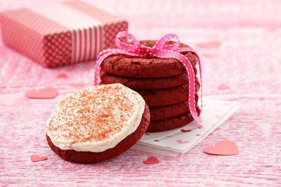 Mrs Fields Brings Back Red Velvet Cookie For Valentine S
