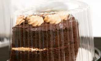 Foodservicepackaginginstitute_choccake