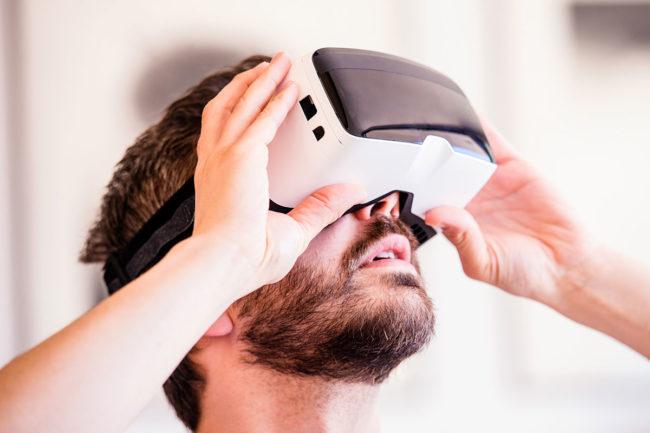 VR_Adobestock