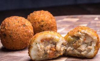 Portosbakery_potatoballs