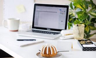 Nothingbundtcakes_desk