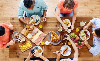 Eatingbreakfast_lead