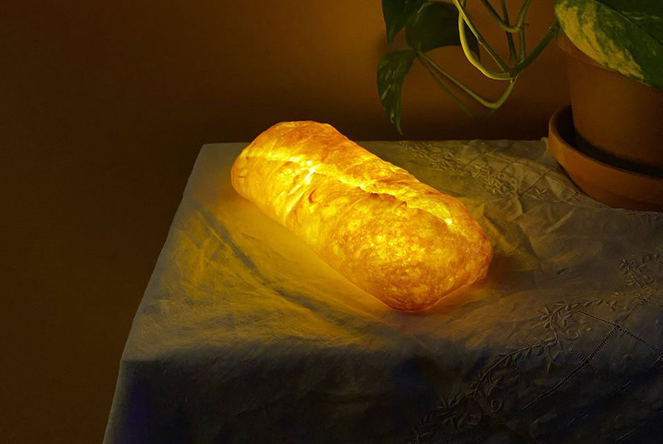 AugustFirstBakery_BreadLamp
