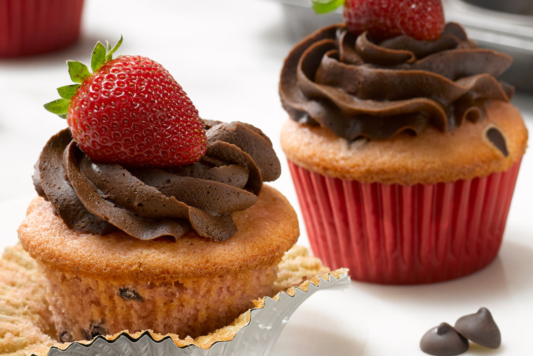 Mars_StrawberryCChipCupcakes