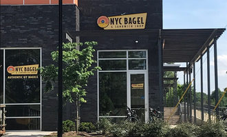 Nycbagel_curbside