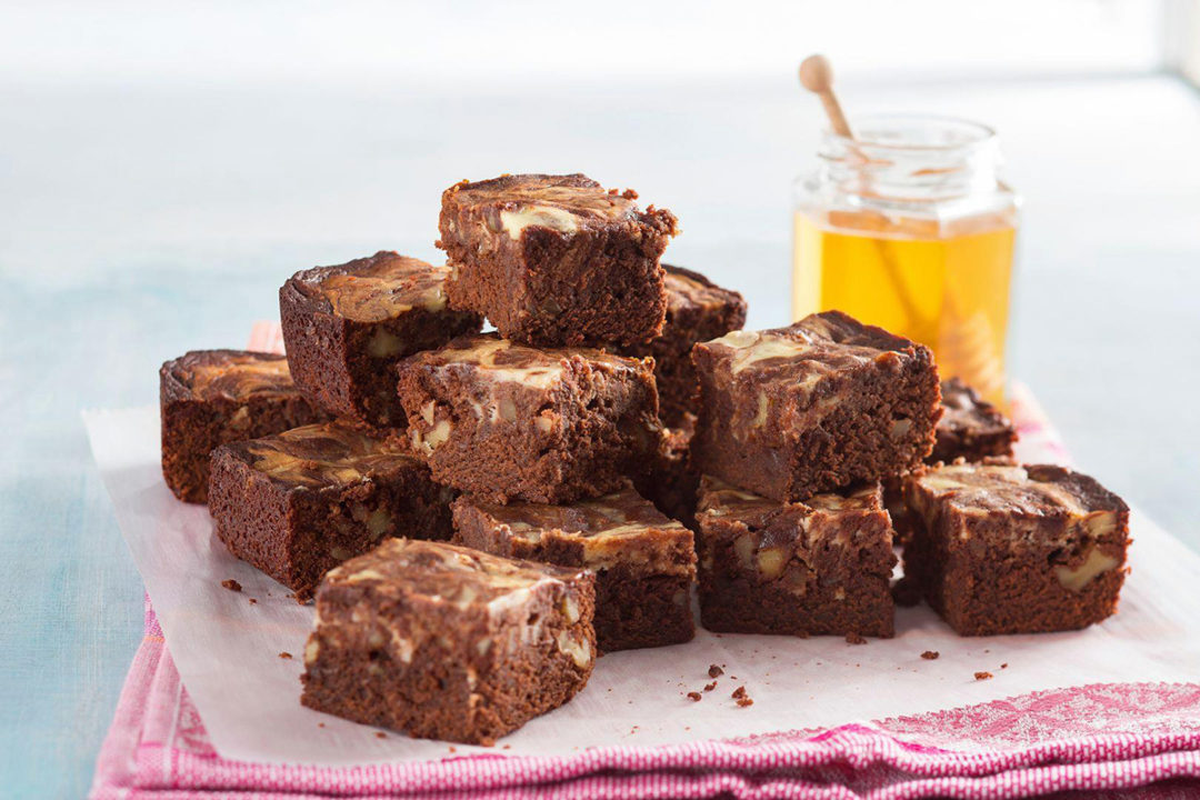 NationalHoneyBoard_HoneyChocoCheeseBrownies