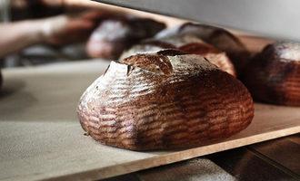 Hewn_bread