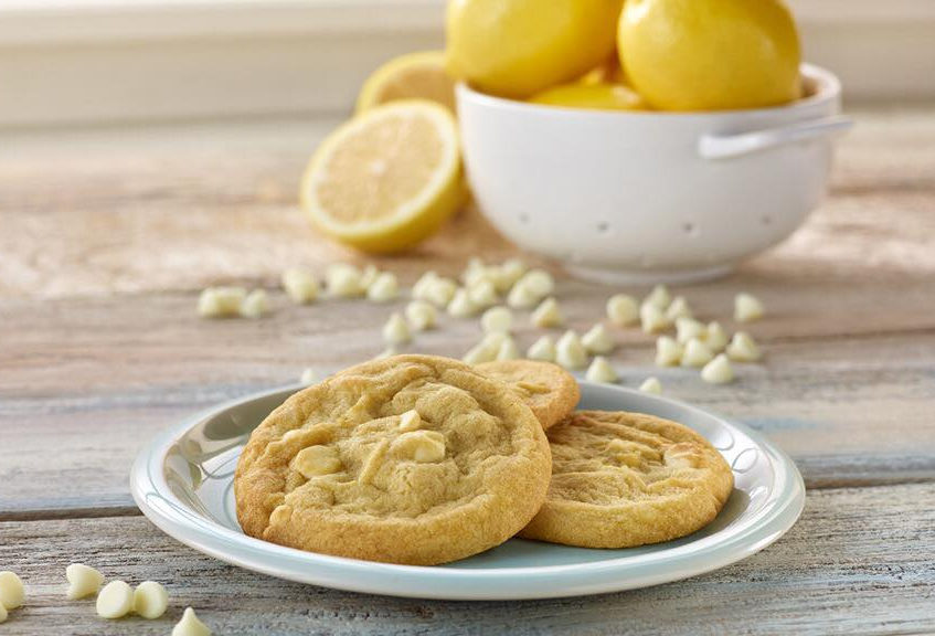 InsomniaCookies_LemonWhiteChocolate