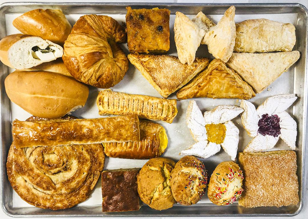 BreadPastryTray