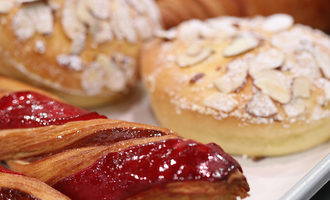 Cleanlabel pastry
