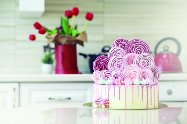 CakeTabletop_Adobestock