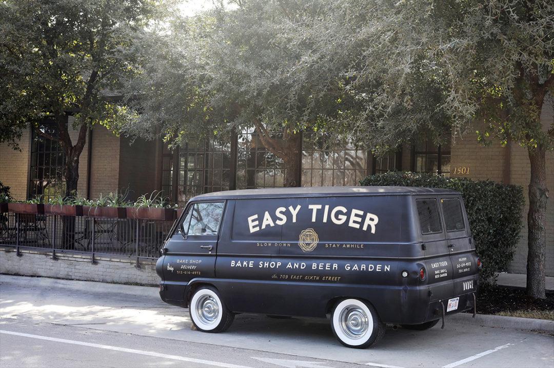 EasyTiger_Van