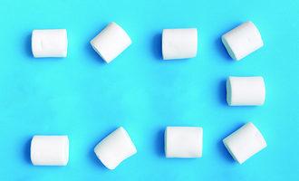 Marshmallows adobestock