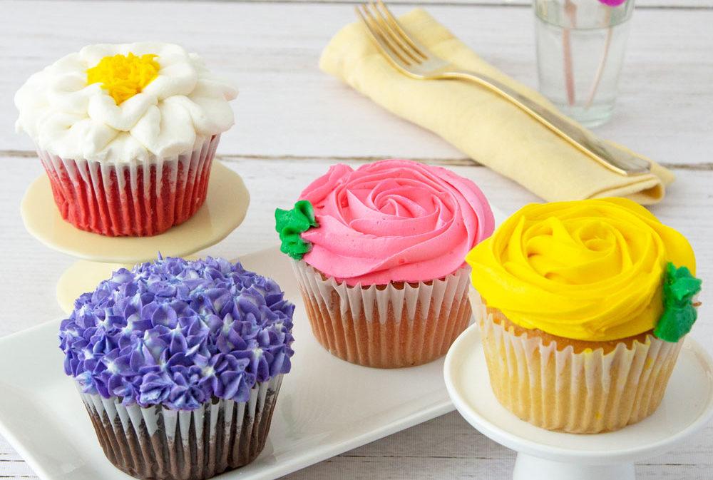 BakeMeAWish_JumboFlowerCupcakes