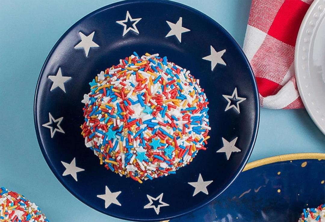 Sprinkles_PatrioticRedVelvet
