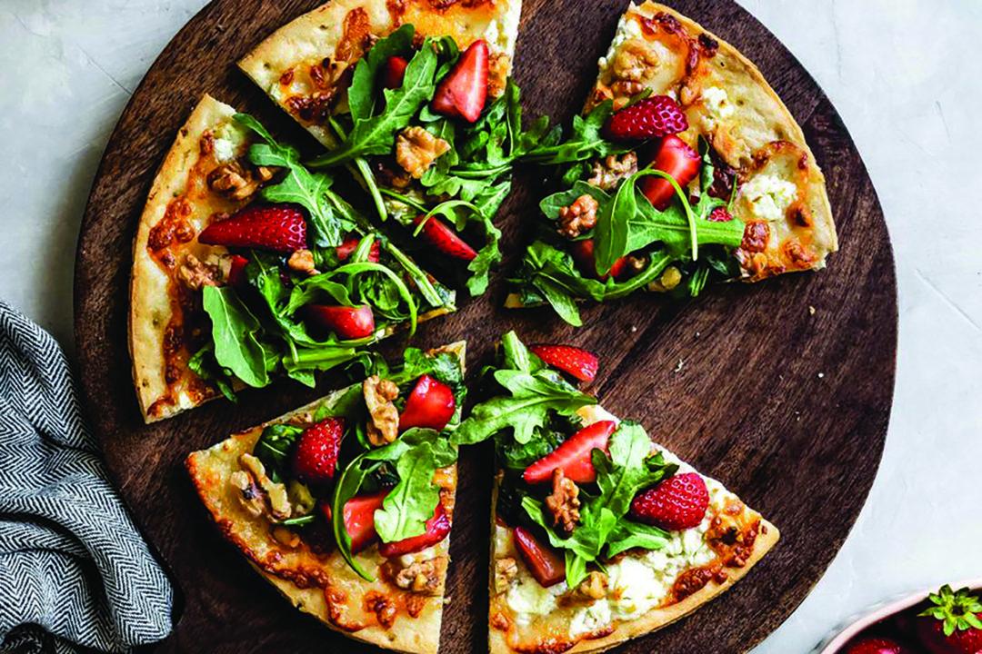 StrawberryWalnutCauliflowerPizza