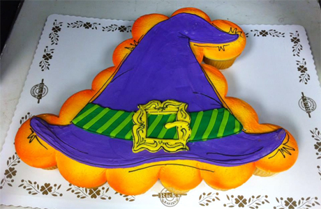 Cake Decorating Classes Fayetteville Nc : Witch s Hat Pull-Apart Cupcake Cake bake baking news